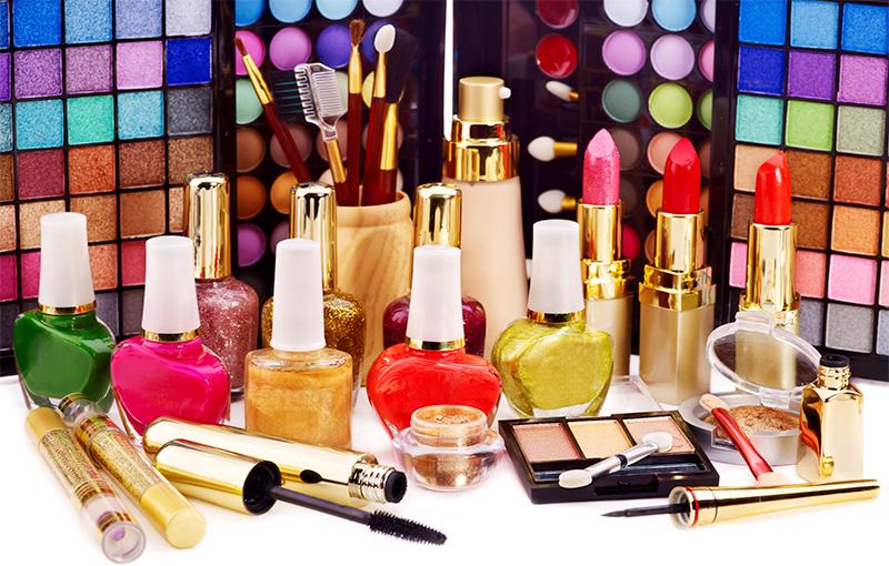 cosmetici–controllo PROGETTAZIONE E SVILUPPO DI NUOVI PRODOTTI COSMETICI